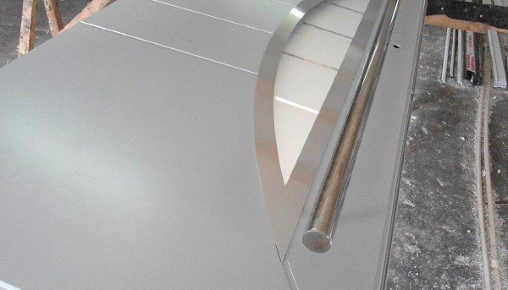 porte-a-ouvrant-cache-aluminium-alumil-3