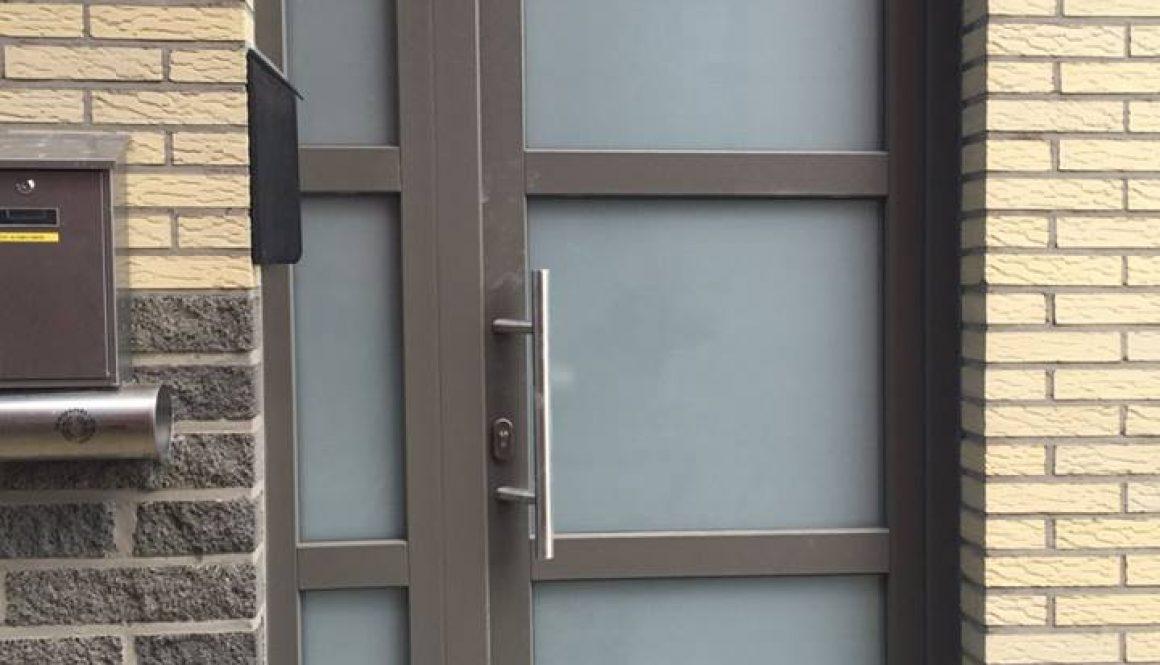 Porte PVC Gris Quartz Gealan Bruxelles
