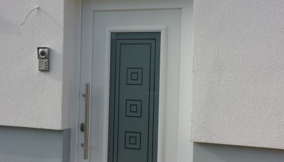 porte pvc blanche avec vitrage opalin